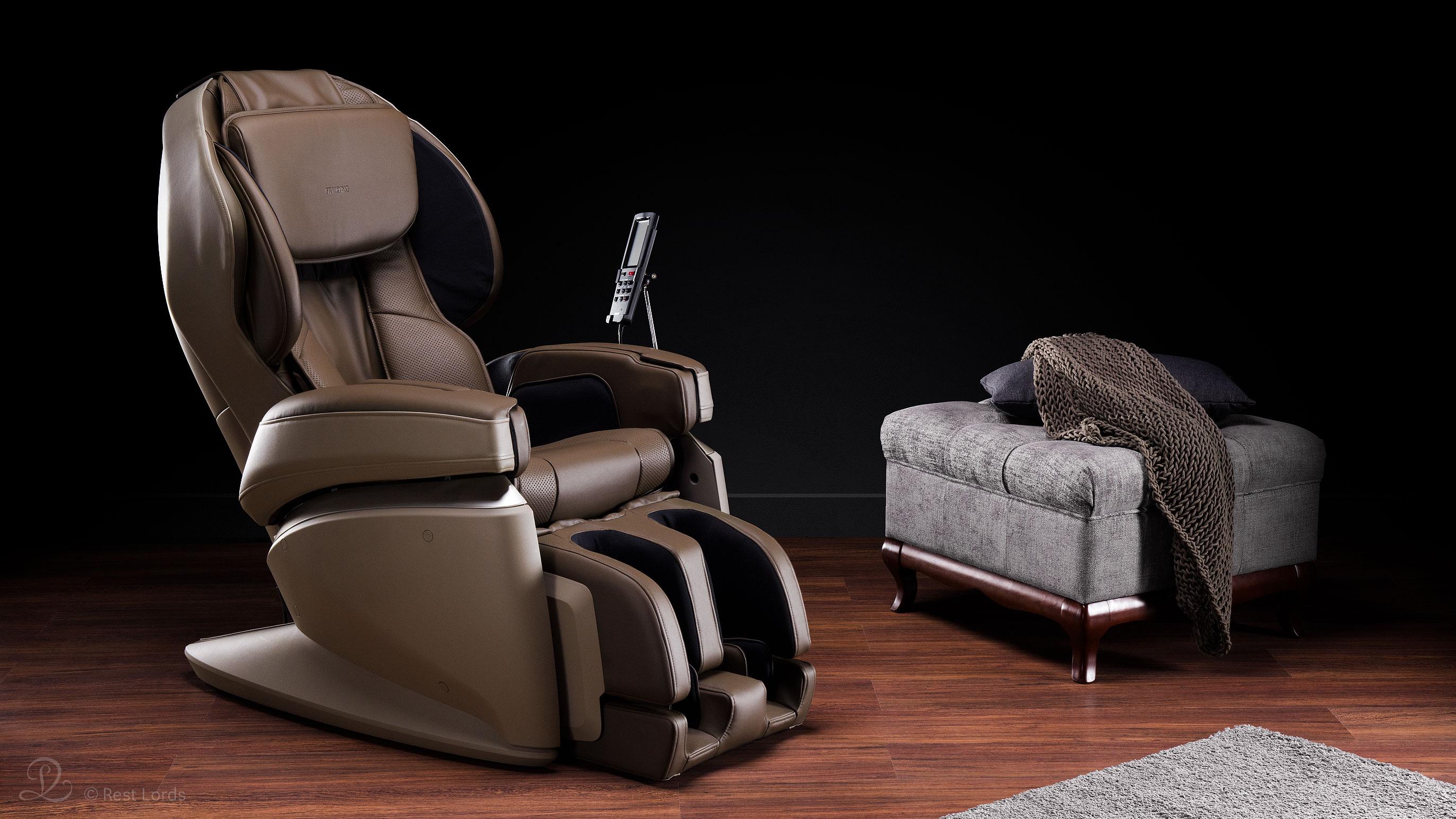 Brązowy fotel z masażem JP2000