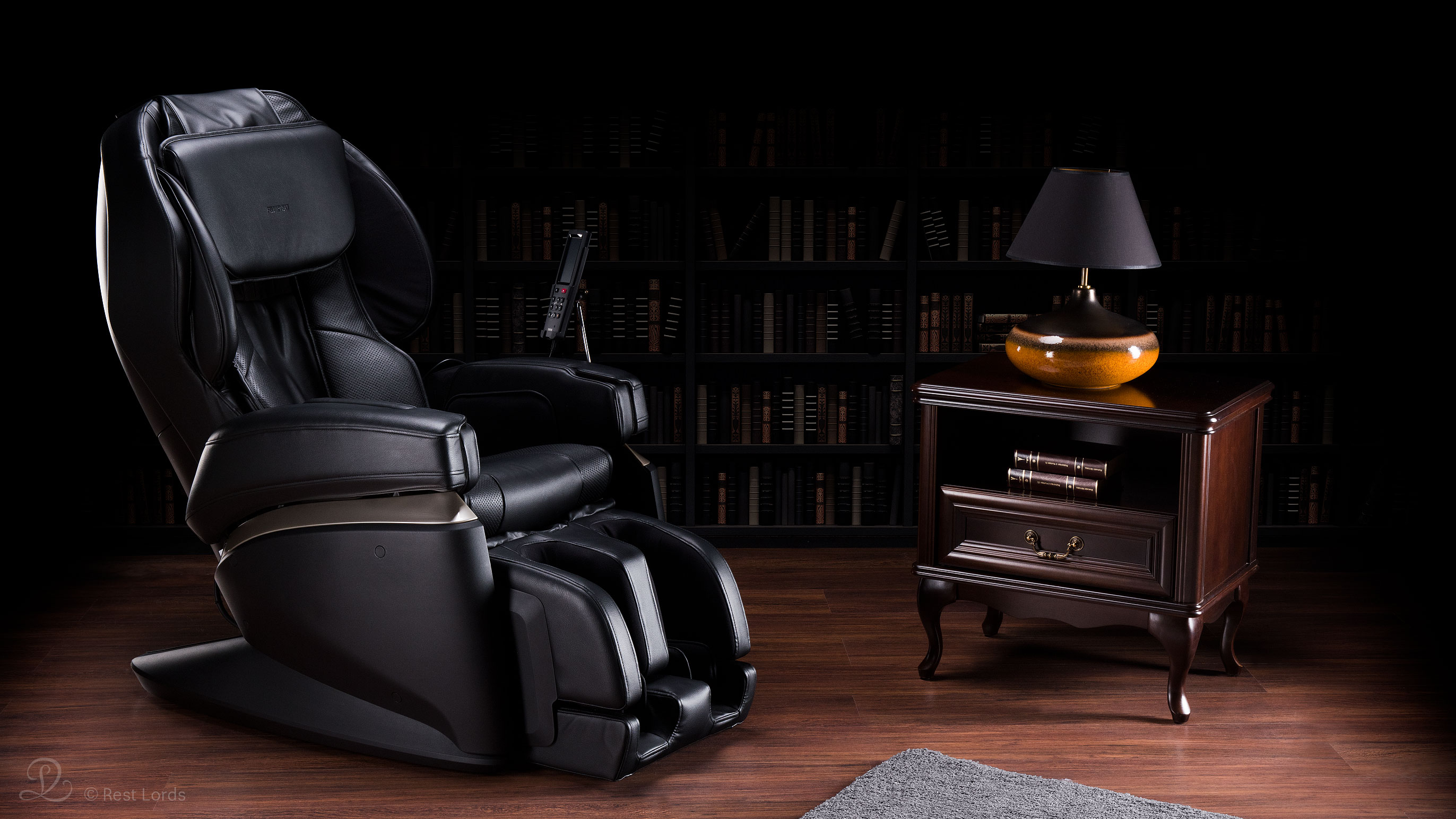 Czarny fotel z masażem JP2000
