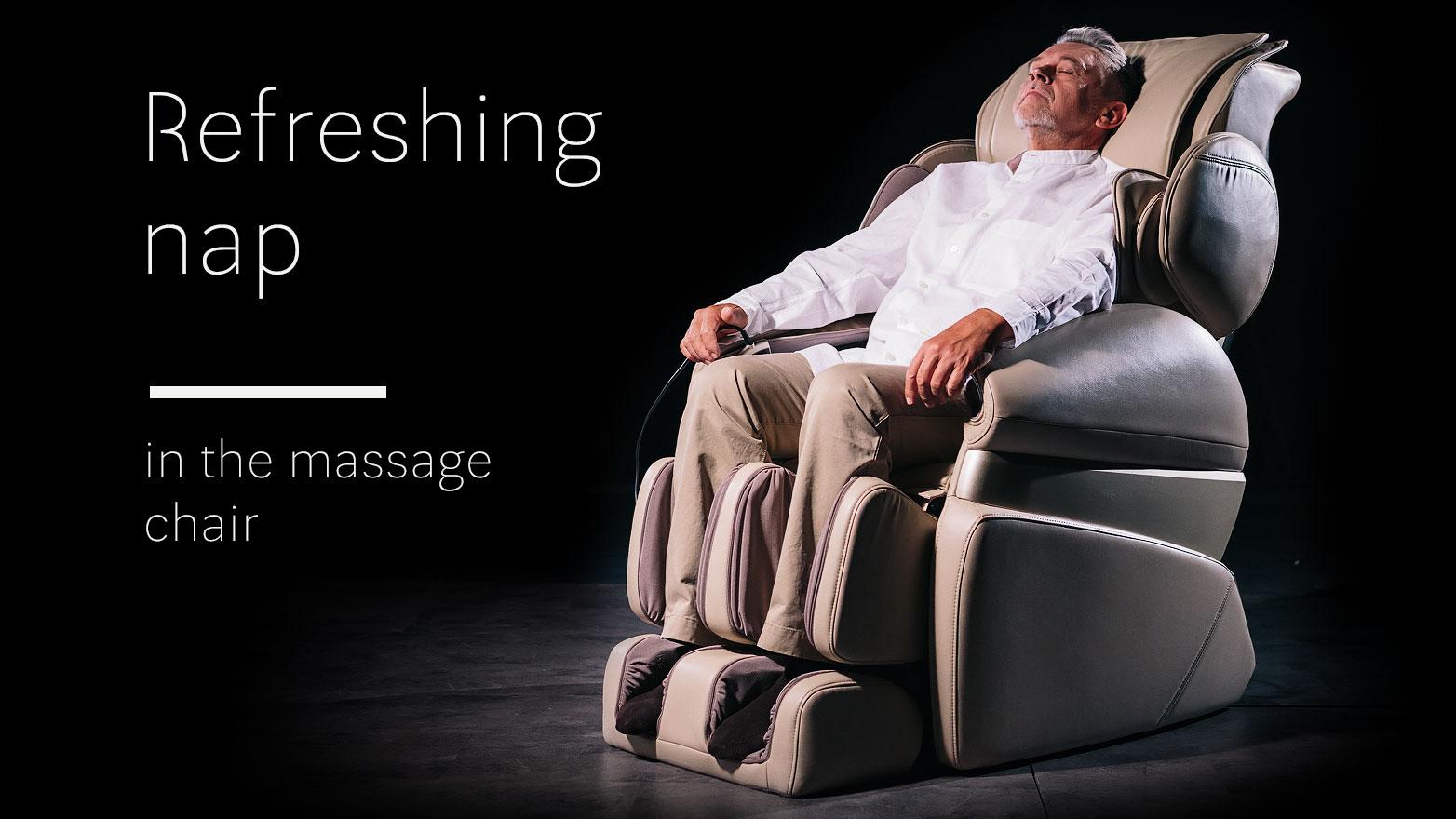 Refreshing nap in massage chair